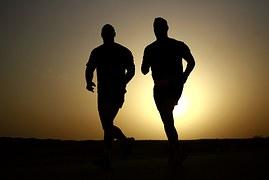 runners-635906__180